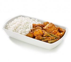 nasi-lemak-with-chicken-and-fish-tofu
